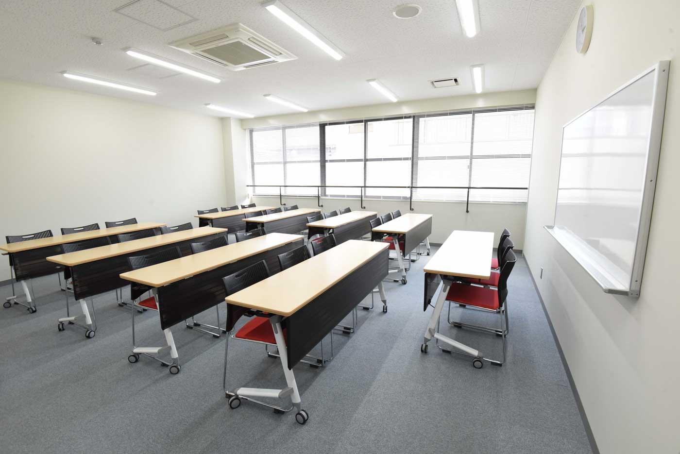 4F 中会議室
